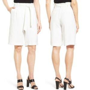 NWT - Classiques Entier Paperbag Waist Shorts